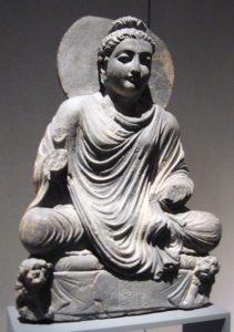 Kulturbüro Dr. Lore Gewehr - Berlin - Kirchenführungen, Vorträge & Präsentationen, Gruppen-Reisebegleitung - Buddha mit Löwen